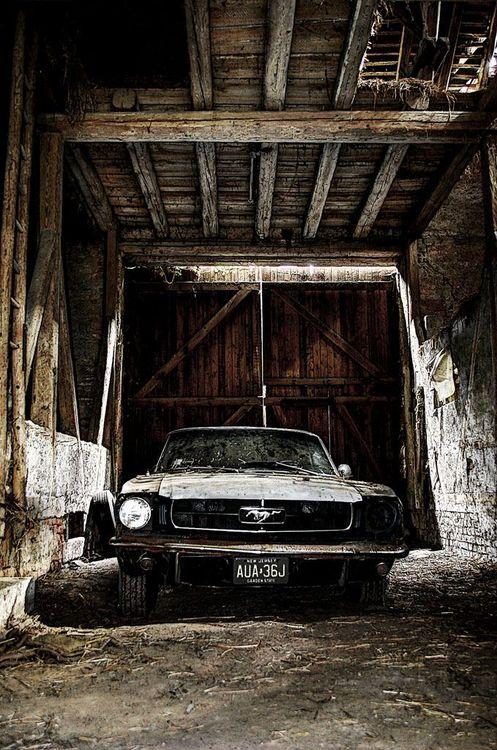 Barn find vecchi garage abbandoni ritrovamenti for Aggiungendo spazio sopra il costo del garage