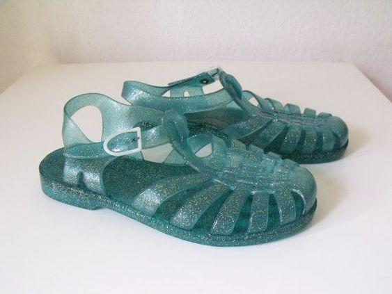 Filippo mettiti i sandalini