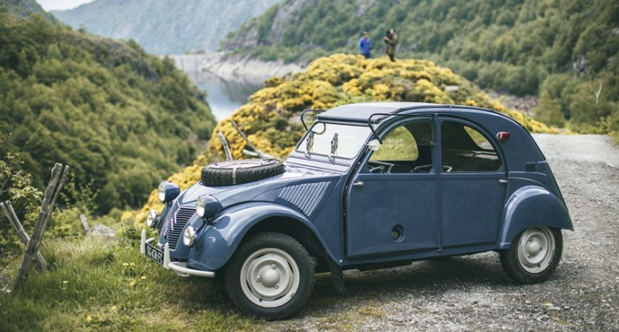 story-behind-the-1964-citroen-2cv-sahara-0