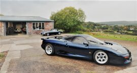Jaguar_XJR15_Driven_01pop