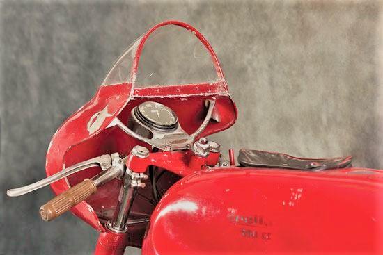 250 twin-cylinder Lambretta