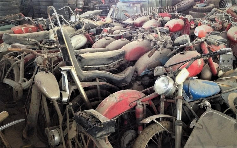 Un tipo con un sacco di moto
