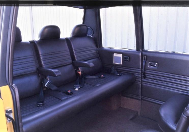 """New York Taxi Italdesign I sedili posteriori, quelli più """"esterni""""."""