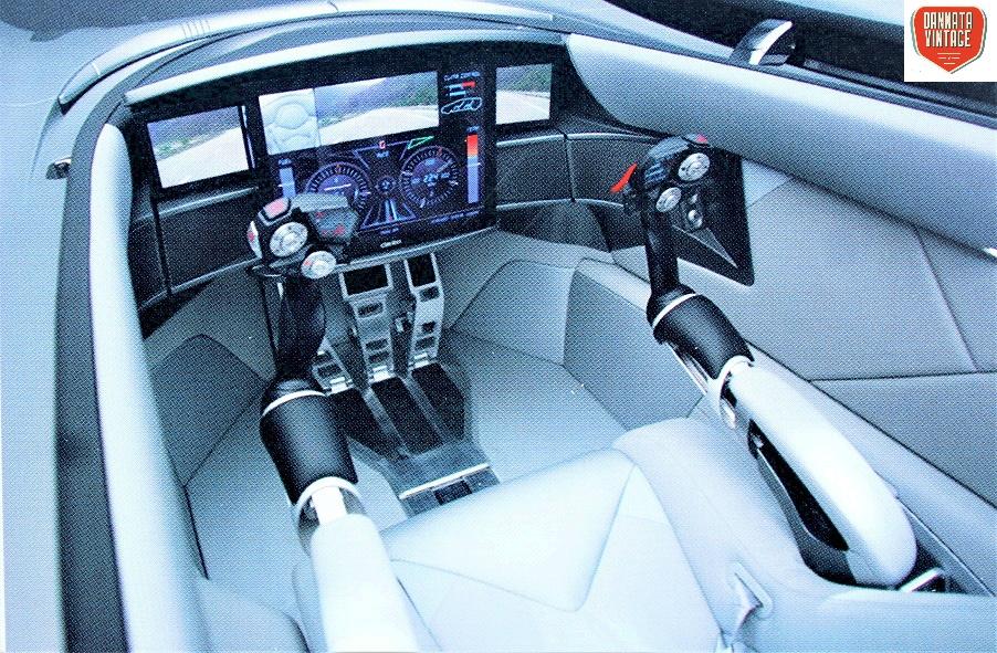 Vadhò Italdesign Giugiaro il sedile del guidatore, come si vede non c'era un volante, ma due joystick