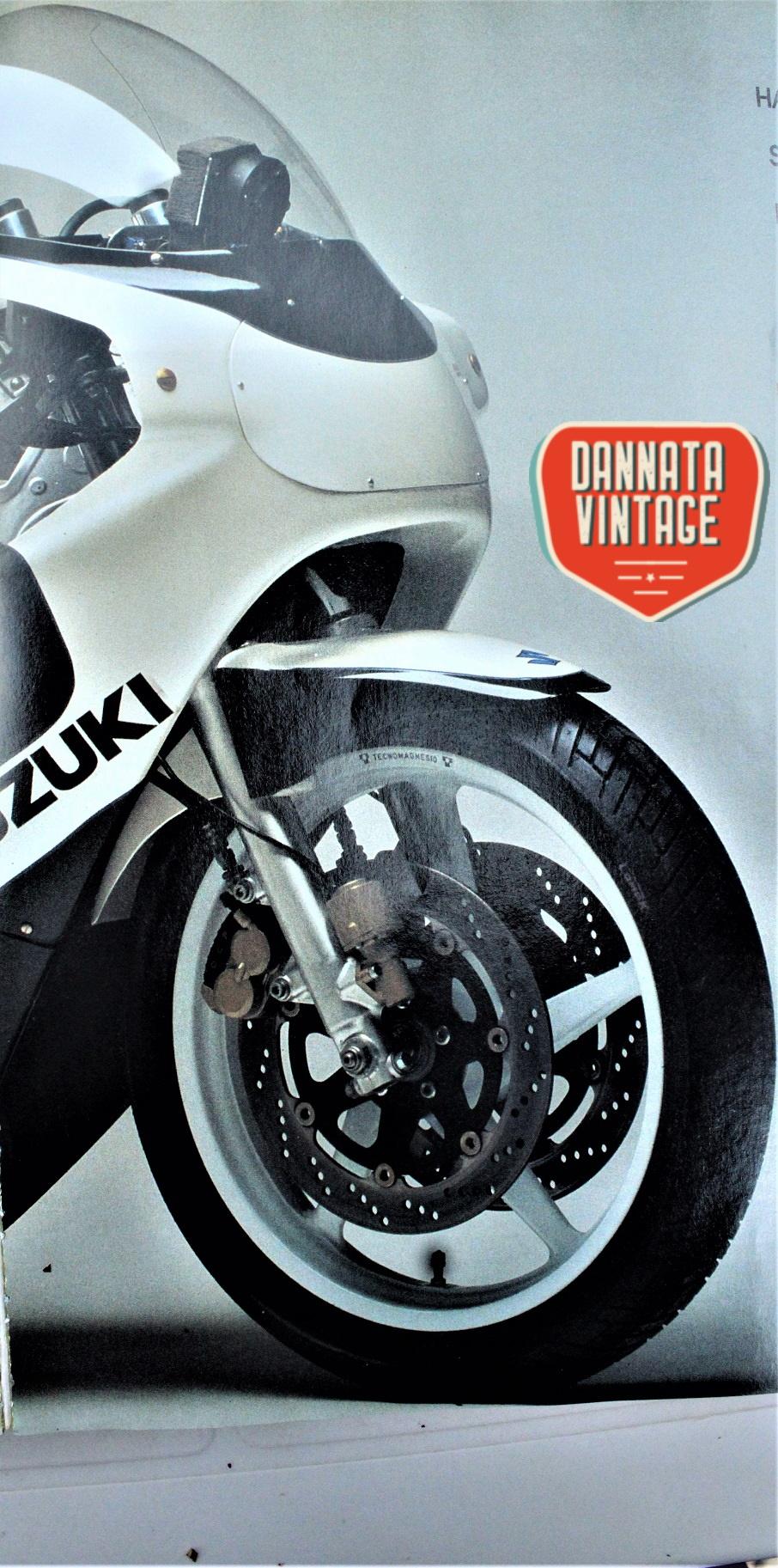 Suzuki GSX 1100 R Yoshimura, le ruote in magnesio realizzate dalla Tecnomagnesio su disegno di Yoshimura.