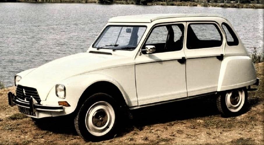 Le vecchie auto dei primi anni 90