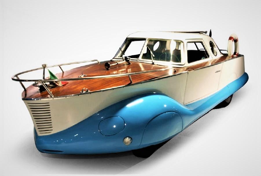"""Fiat 1100 Boat Car Un muso """"importante""""."""