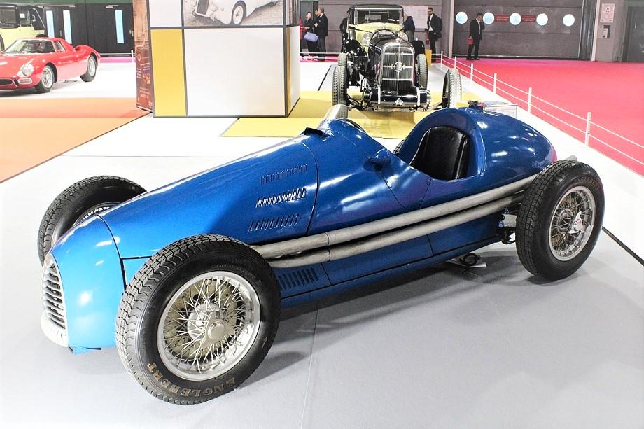 Gordini Type 16, è una monoposto utilizzata nelle gare di Formula 1 e Formula 2, costruita dalla scuderia francese Gordini per partecipare Campionato mondiale di Formula 1 dal 1952 al 1956.