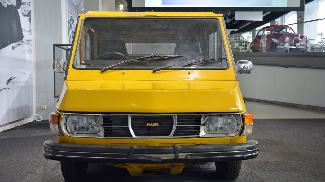 SAAB electric commercial vehicle Inconfondibile questo frontale.