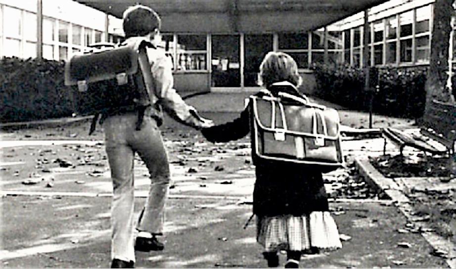 La gita scolastica Ci si aiutava, sempre, sempre.