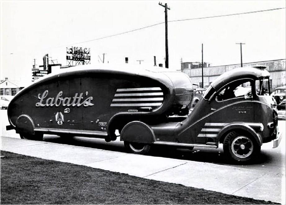 Labatt's Beer Aero Una foto d'epoca della prima versione.