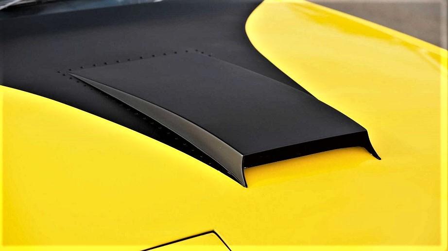 Lancia Fulvia HF Competizione Diverse le parti rivettate su questo prototipo.