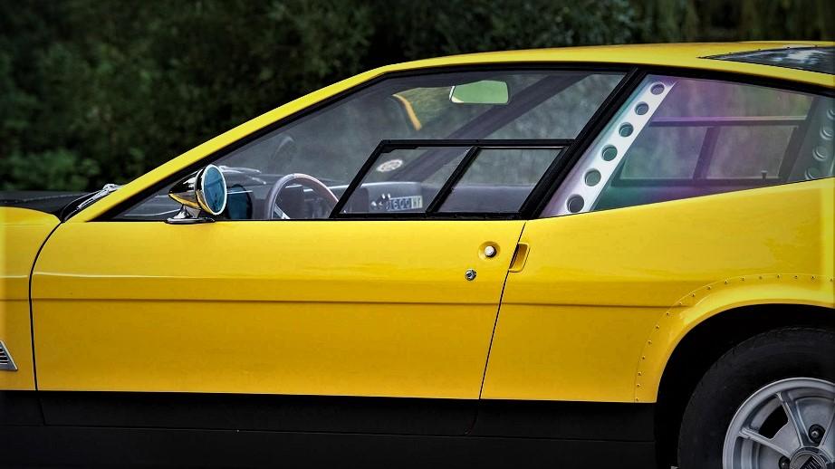 Lancia Fulvia HF Competizione Sembra far capire subito che potesse essere una auto da competizione.