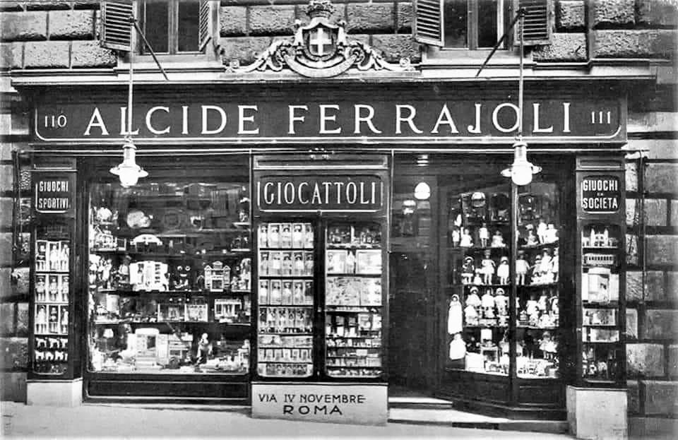Le botteghe vintage Foto presa in prestito dalla pagina del carissimo Massimiliano Sasso.