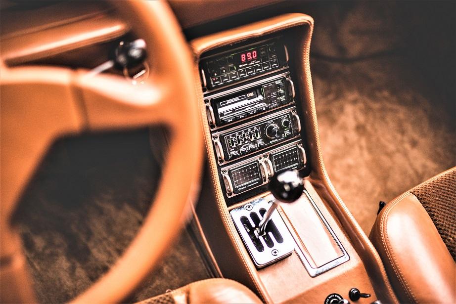 Sbarro Super Eight, della Clarion il sistema audio, credo sia facile intuirne il livello qualitativo.
