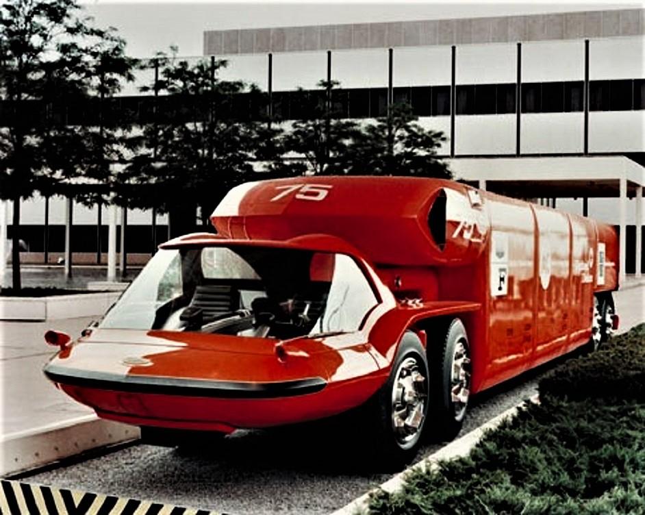 GM Bison Tutte e quattro le ruote della motrice potevano ruotare, anche in senso inverso fra le anteriori e le posteriori.