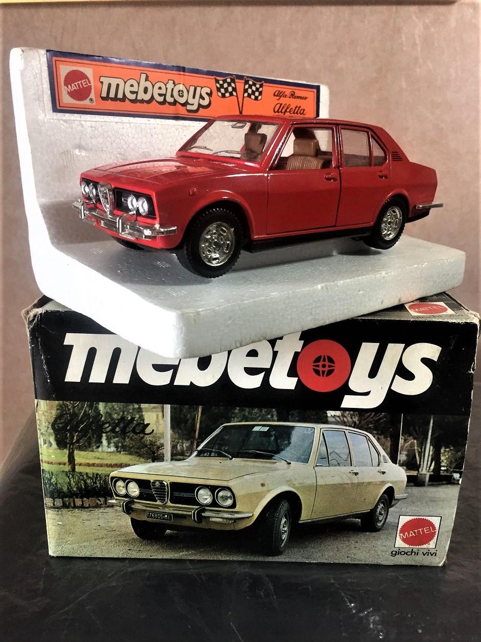 Miei ricordi su le auto in scala Ne avrò avute forse tre della Mebetoys, forse anche perché non ne ricordo moltissime fra le disponibili nei negozi vicini.