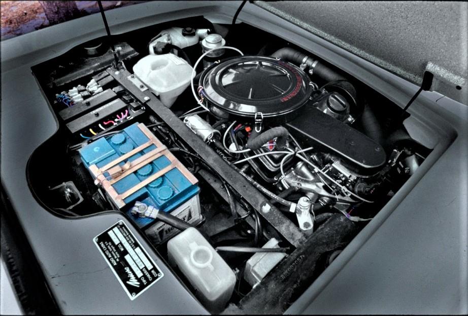 Miura dal Brasile Il motore di origine VW che equipaggiava tutte e due le vetture.