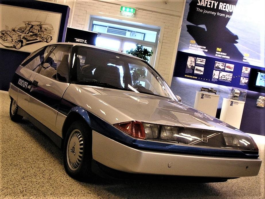 Volvo LCP 2000 L'ultima versione, la 4.