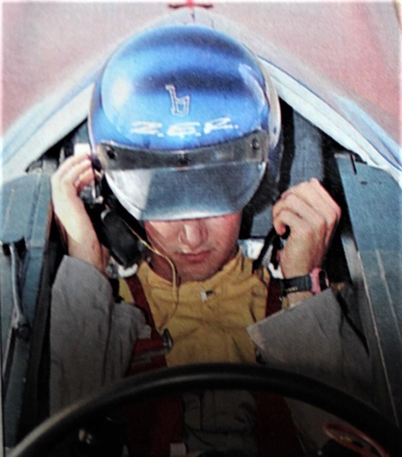Bertone ZER Il pilota/studente Oscar De Vita.