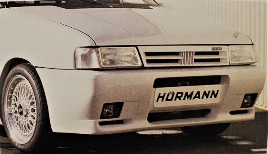 HORMANN Uno Turbo i.e, I fendinebbia erano quelli di serie.