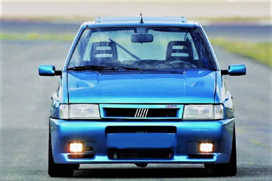 In un colore non usuale questa HORMANN Uno Turbo i.e, davvero indovinato.