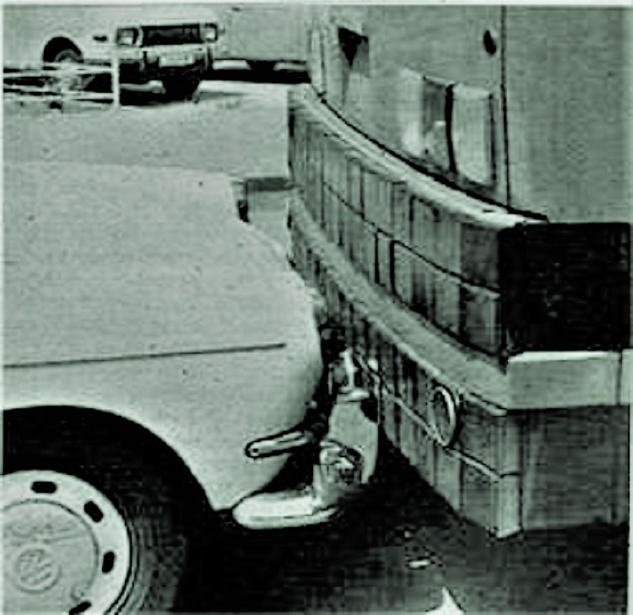 Ikarus 270 Gli specifici paraurti, un brevetto esclusivo.