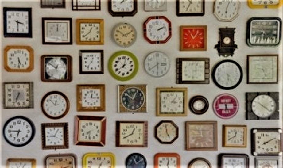 Quotazioni Collezioni orologi da parete, non ne ho mai vista una dal vivo.