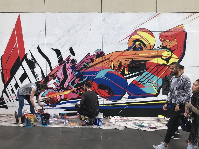 Auto e street art Graffiti e F1.