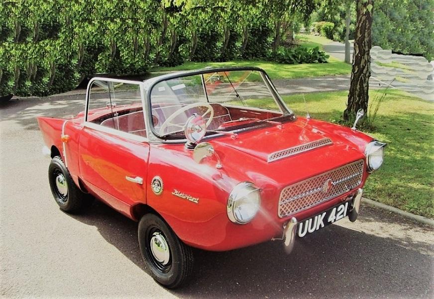 """Frisky Sport Per il paraurti anteriore erano opzionabili due versioni, a due baffi o uno """"corto"""" che correva lungo il frontale."""