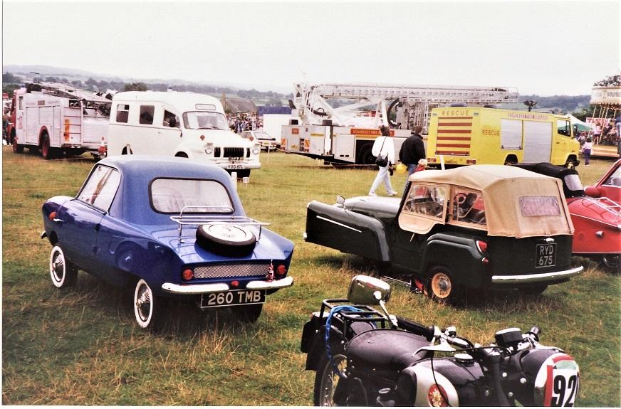 Frisky Sport In un raduno di microcar in Inghilterra.