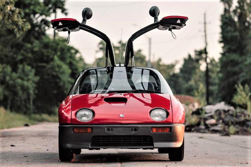 Mazda Autozam AZ 1 Forse a qualcuno potrà ricordare la Twingo della Renault, ma lo invito ad andare a guardarsi le date ;) .