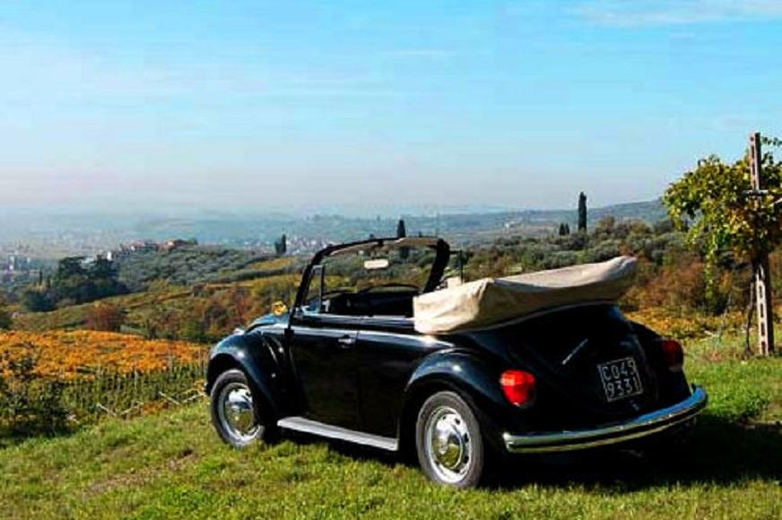 Amarone, le cantine e ville Palladiane Magari riuscire ad organizzare un breve tour con la propria auto d'epoca e sempre magari fotografarla in un contesto simile.