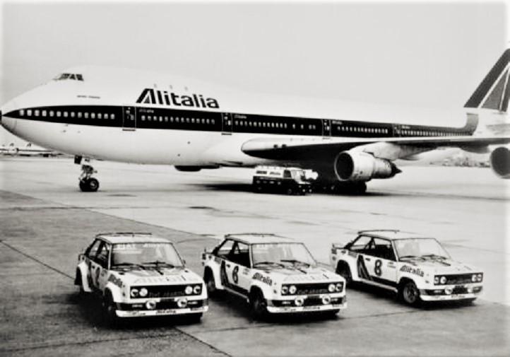 Team Alitalia Le auto per raggiungere luoghi lontani potevano essere caricate su un aereo.