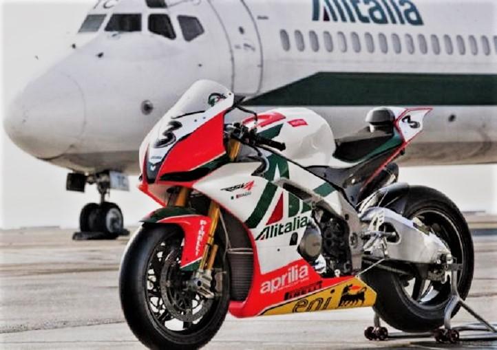 Team Alitalia La Aprilia Alitalia Racing.
