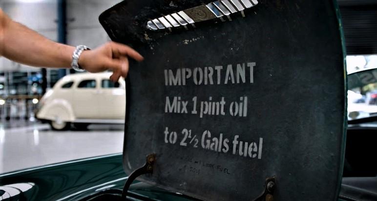 Goggomobil Dart Un motore di provenienza motociclistica, uno scooter, che era alimentato a miscela.