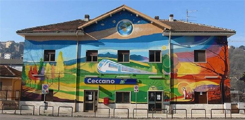 Stazioni ferroviarie dismesse La stazione di Ceccano ed un LINK interessante.