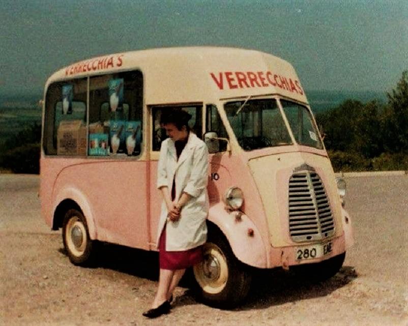 Mezzi commerciali Morris J Ice Cream Van