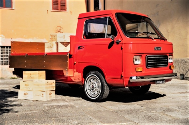 Mezzi commerciali Fiat 900 by Carrozzeria Coriasco.