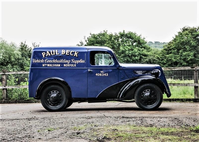 Mezzi commerciali 1938 Fordson Van, anche questo dopo essere stato completamente restaurato è stato proposto in un'asta qui nel LINK.