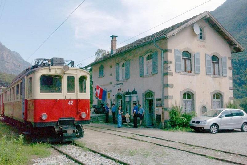 Stazioni ferroviarie dismesse Addio alla stazione ferroviaria di Cama.