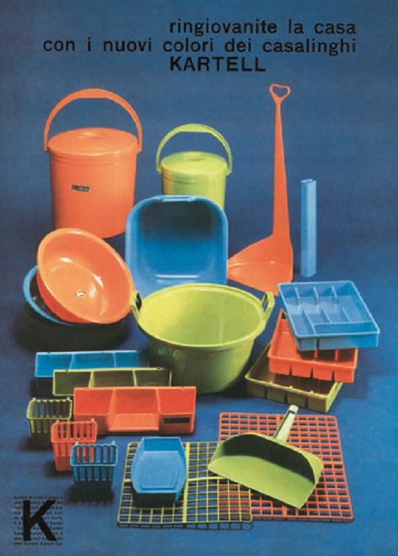 Anni 50 e il design italiano, Il casalingo in plastica, un materiale pratico facile da pulire ed economico.