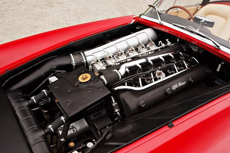 Alfa Romeo 6C 3000 CM Pininfarina Superflow IV, Esteticamente bellissimo questo propulsore.