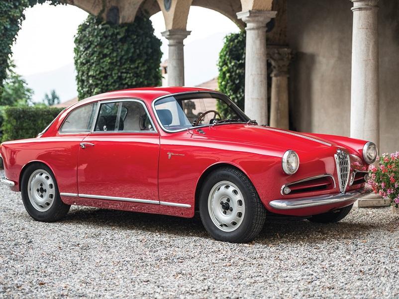 Anni 50 e il design italiano, Alfa Romeo Giulietta Sprint Coupe 1954 Bertone.
