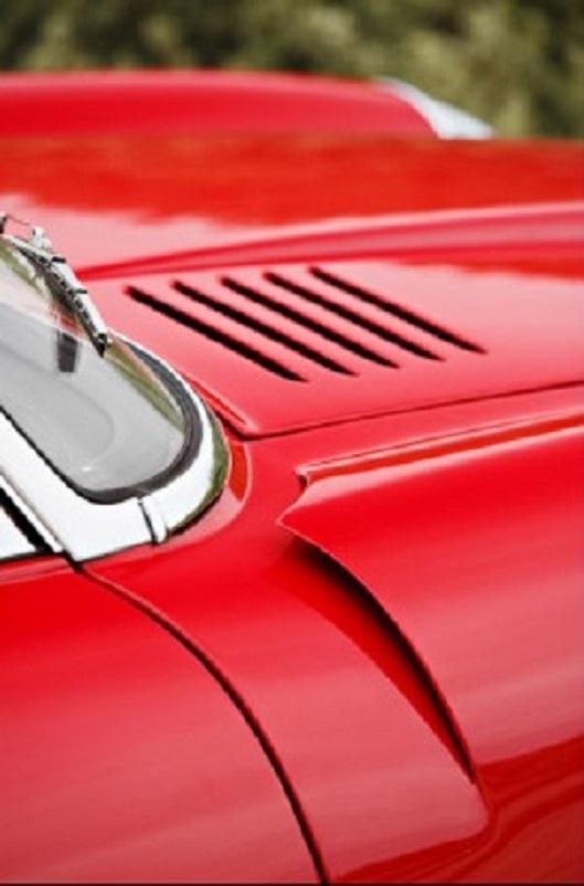 """Alfa Romeo 6C 3000 CM Pininfarina Superflow IV, Le prese d'aria sui fianchi anteriori, forse appena sufficienti per riuscire a """"""""raffreddare"""""""" un propulsore così potente."""