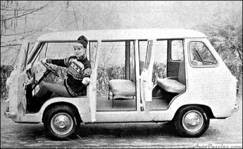 Fiat 600 T, Moretti 600 T Pulmino.