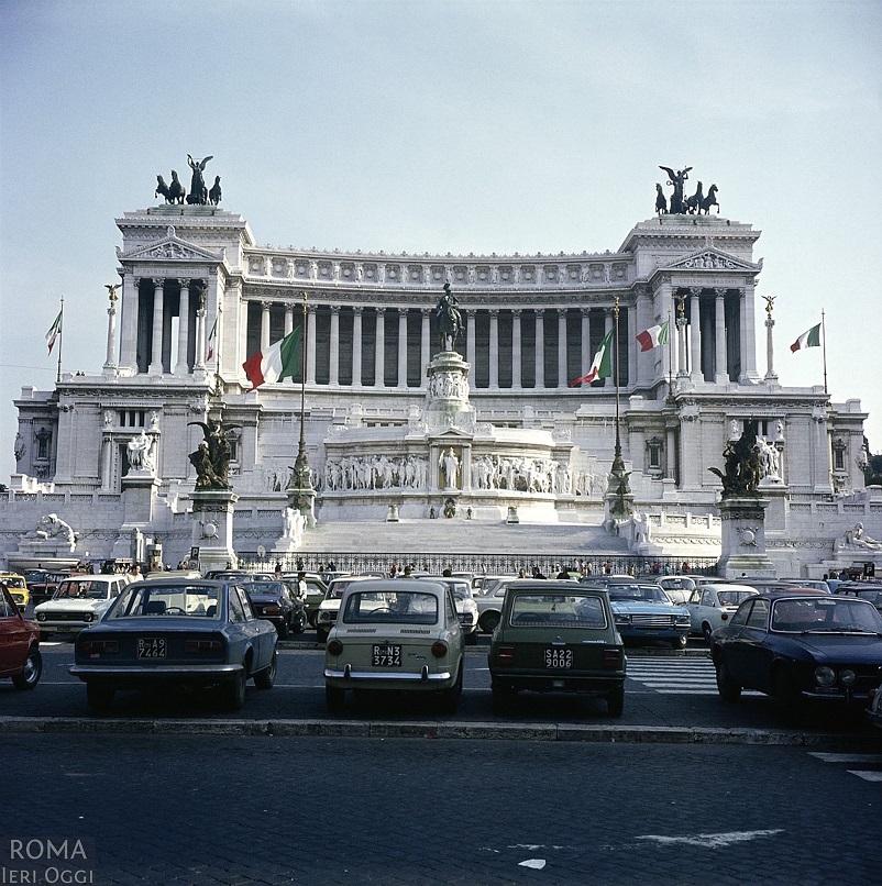 Foto in bianco e nero Roma, in questo LINK alcune bellissime foto.