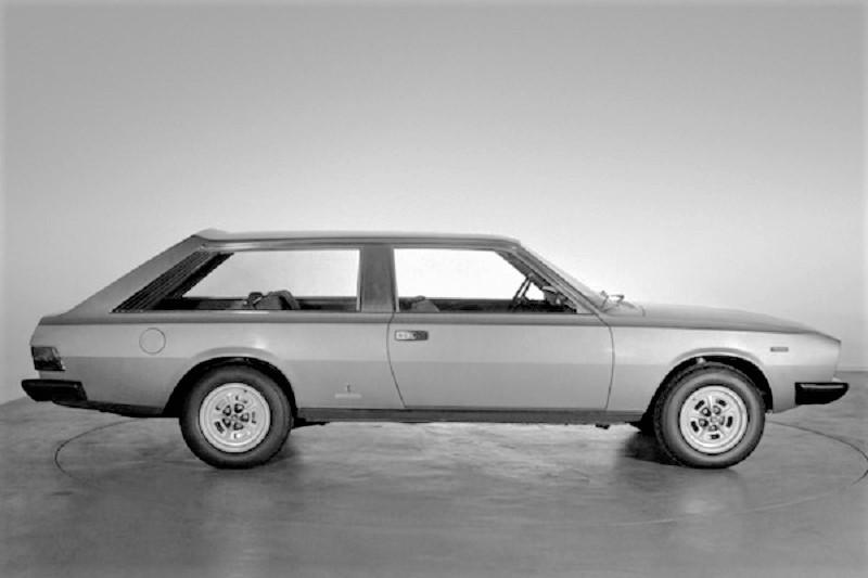 Fiat 130 Maremma 1974, In questa foto si può facilmente intuire la capacità complessiva del vano di carico una volta abbassati il divano posteriore.