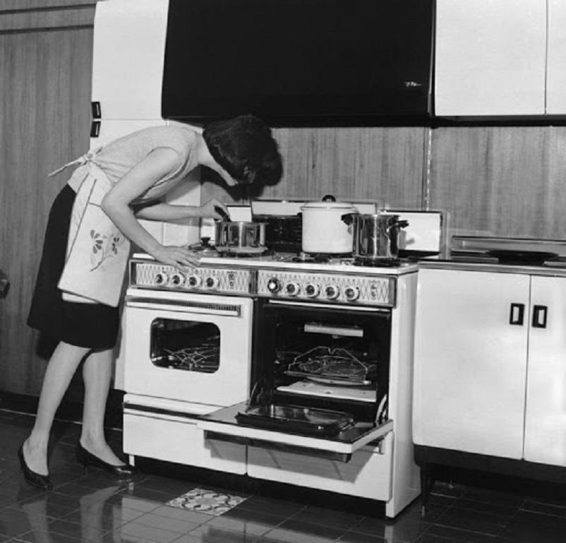Anni 50 e il design italiano, Cucina componibile fine anni '50.