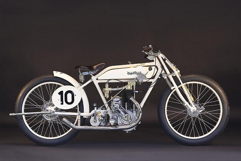 Magnat Debon, Dalla loro produzione ho scelto questa 1921 MAGNAT-DEBON RACING 350CC.